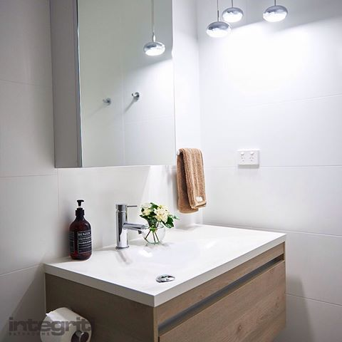 If you are looking to update and refresh your bathroom design, whether it is for yourself, another property you own or your own guests, Integriti Bathrooms would love to help you create a space that is perfect for your needs. Get in touch via the website today so we can help you create your dream bathroom www.integritibathrooms.com.au #integritibathrooms #bathroomdesign #dreamhome #sydneybathroomrenovations #tiling #tiles #bathroom #bathroomsink #bathroomdecor #vanity #sydneybathroom…