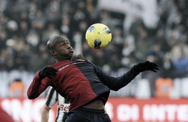 Il Cagliari travolge l'Udinese: 3-0 al Sant'Elia  http://tuttacronaca.wordpress.com/2014/03/02/il-cagliari-travolge-ludinese-3-0-al-santelia/