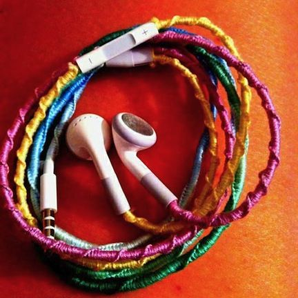 Tangle-Free Headphones  Use embroidery thread to keep headphones from knotting up in your pocket or purse.