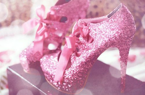 making these for my 21st i have the heal but im going to glitter it and at the bow