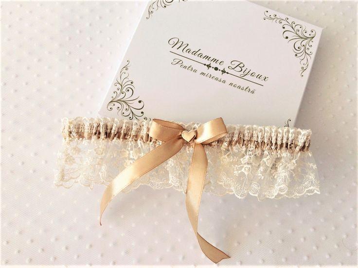 lace garter; cappuccino garter; delicate decoration heart; wedding garter; beige