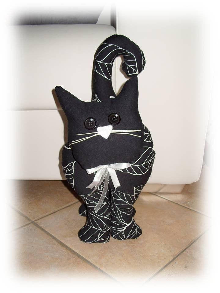 Gatto fermaporta- black, by Valentina Handmadesweetcreations, 26,00 € su misshobby.com