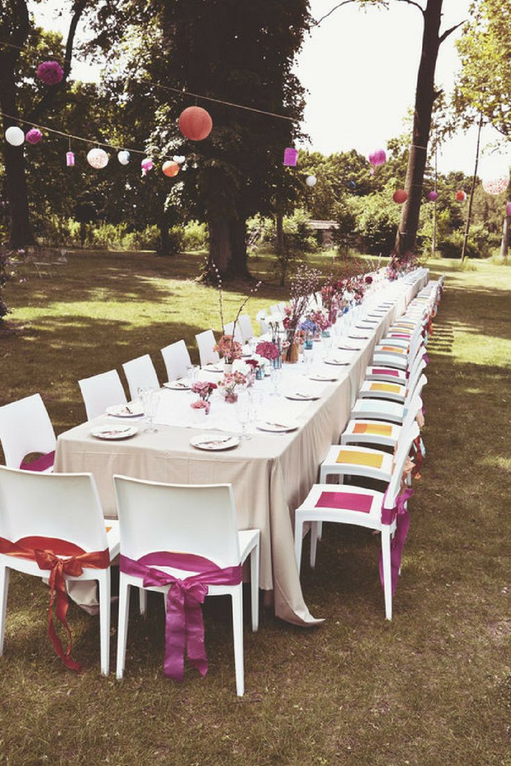 Spectacular Coole Vintage Hochzeit im Garten vom Schloss J gersburg