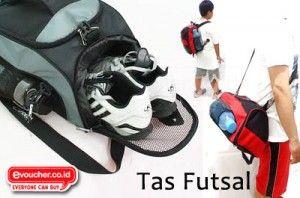 Lebih Praktis Membawa Sepatu & Perlengkapan Futsalmu Lainnya Menggunakan Tas Futsal Ini Hanya Rp.79,000 - www.evoucher.co.id #Promo #Diskon #Jual  klik > http://www.evoucher.co.id/deal/Tas-Futsal  Tas ini bisa digunakan dengan 3 cara: diransel, diselempang dan dijinjing. Serta memudahkanmu membawa Sepatu, Handuk, Tempat Minum dan perlengkapan olah ragamu lainnya di dalam satu wadah.  Pengiriman mulai tanggal 2013-09-26