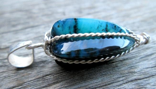 handmade  Tie silver,  form Belingbing  Bacan original stone Doko  light blue black spots