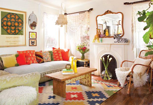 jungalow living room.  COTTAGES & BUNGALOWS MAGAZINE, PHOTOGRAPHY BY BRET GUM: Colors Patterns, Living Rooms, Decor Ideas, Houses, Living Spaces, The Angel, Interiors Design, Colors Palettes, Justina Blakeney