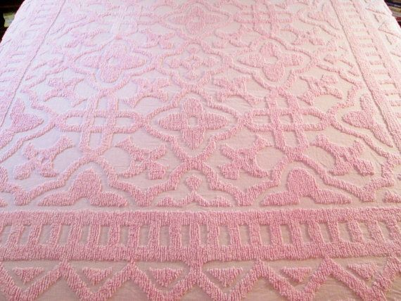 vintage chenille bedspread pink geometric - Chenille Bedspreads