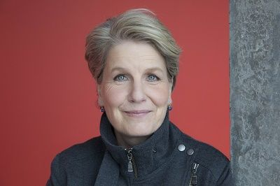 Sandi Toksvig's new comedy Silver Lining comes to Theatre by the Lake http://www.cumbriacrack.com/wp-content/uploads/2016/09/Sandi-Toksvig.jpg Silver Lining, a new comedy written by Sandi Toksvig and directed by Rebecca Gatward, will tour to Theatre by the Lake in March http://www.cumbriacrack.com/2016/09/19/sandi-toksvigs-new-comedy-silver-lining-comes-theatre-lake/