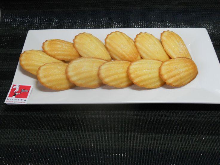 Madeleines, magdalenas francesas de mantequilla. 24€Kkg