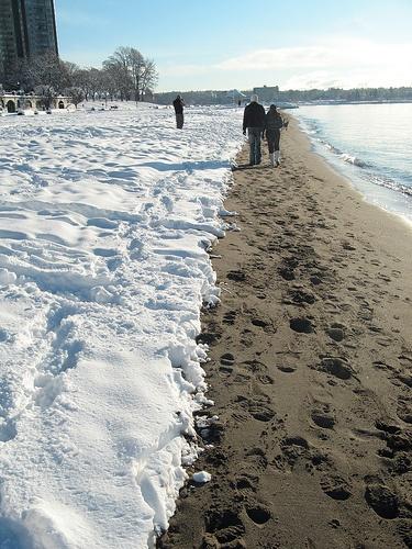 vancouver walk on the beach in winter! a rare snowfall! #vancouver #jefffitzpatrickrealtor