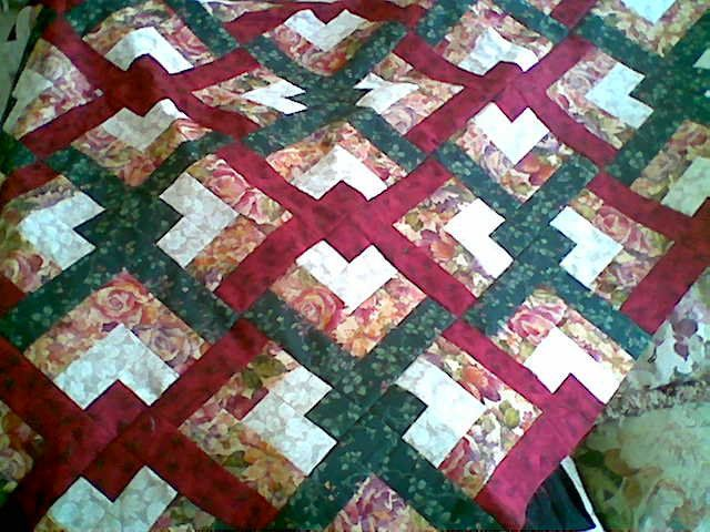 15 best lovers knot quilts images on Pinterest   Patterns, Table ... : how to start a quilt - Adamdwight.com