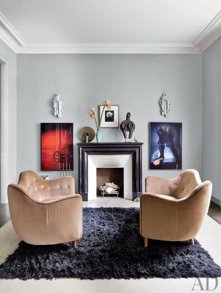 Contemporary Bedroom Bruno Caron Architectes in Paris, France | Modern Sofas. Living Room Inspiration. Living room set. #modernsofas