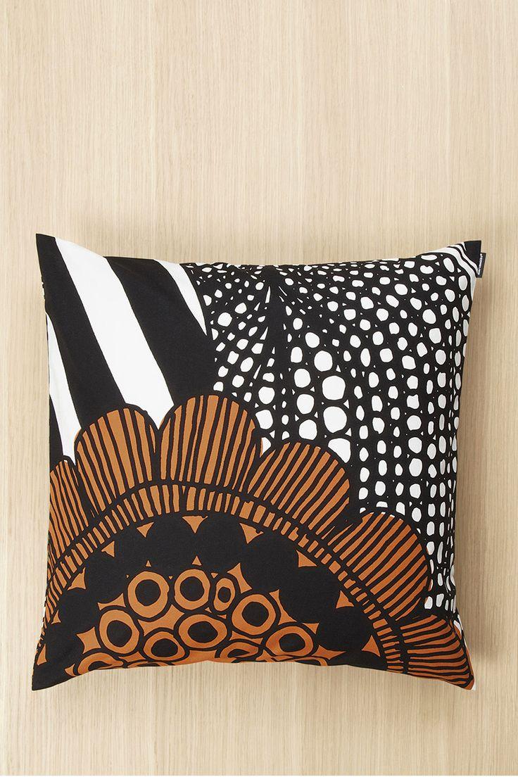 "Marimekko Siirtolapuutarha 20"" Pillow Cover White/Red/Green"