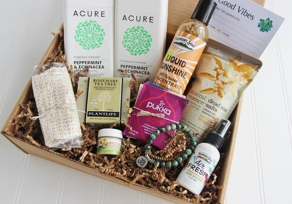Holistic Gift Box For Women Wellness Gift Baskets Friend Etsy Send Some Good Vibes And Bright Gift Boxes For Women Aromatherapy Gifts Essential Oils Gifts