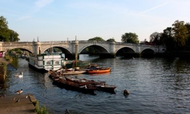 The lovely district of Richmond. (Brangelina just bought a house here!)