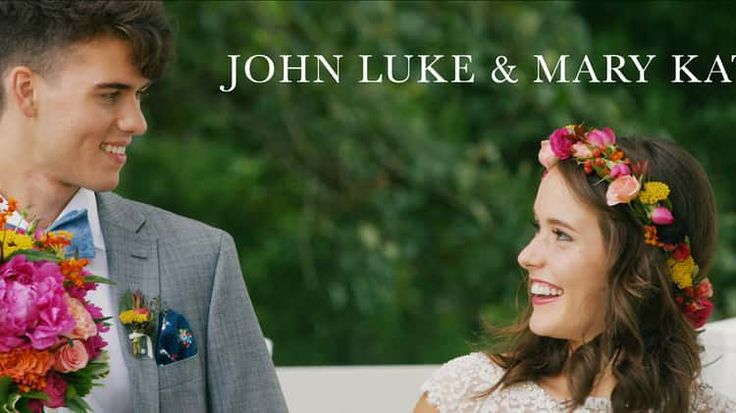 John Luke and Mary Kate / The Feature- I want my wedding to be like this! So sweet!