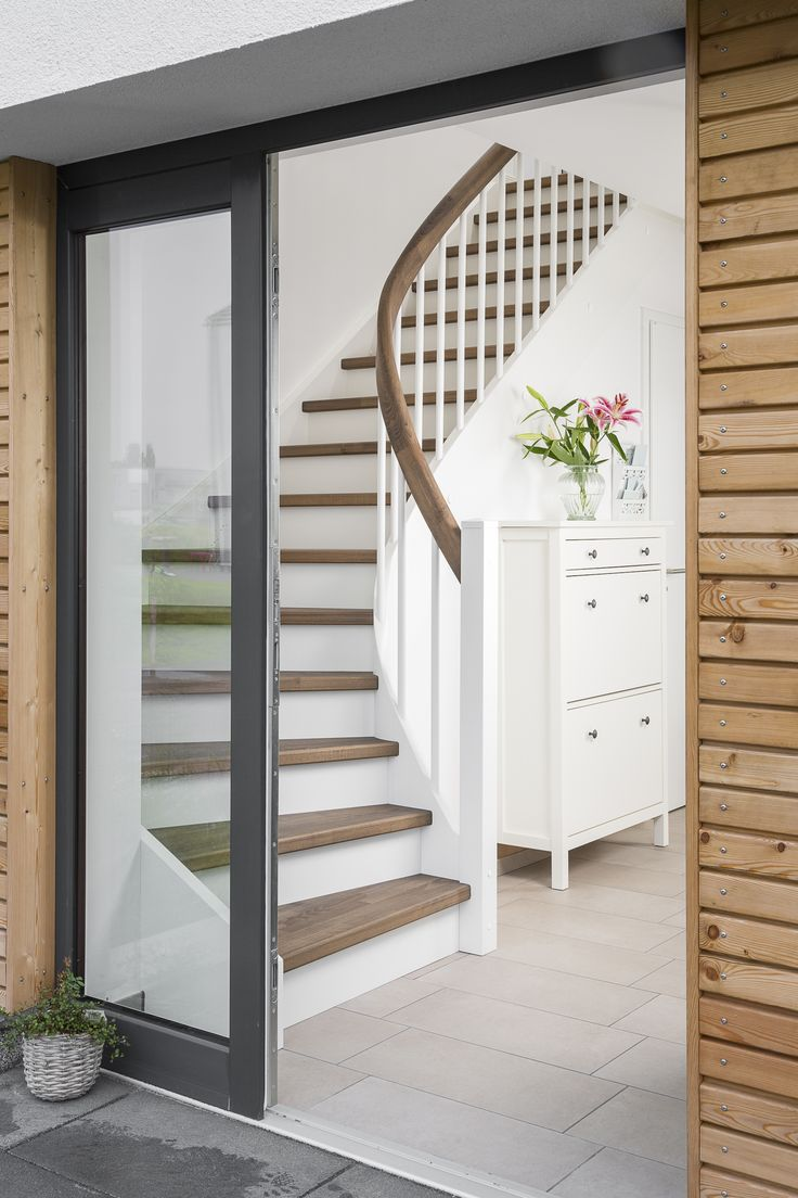 die besten 25 treppe dachboden ideen auf pinterest treppenspeicher dachbodenausbau treppe. Black Bedroom Furniture Sets. Home Design Ideas