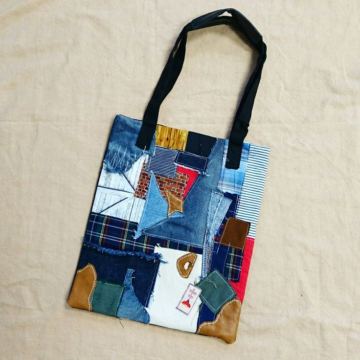 Life is too short to buy factory made products. Be yourself, be special.  Patchwork tote by www.itchyichi.com