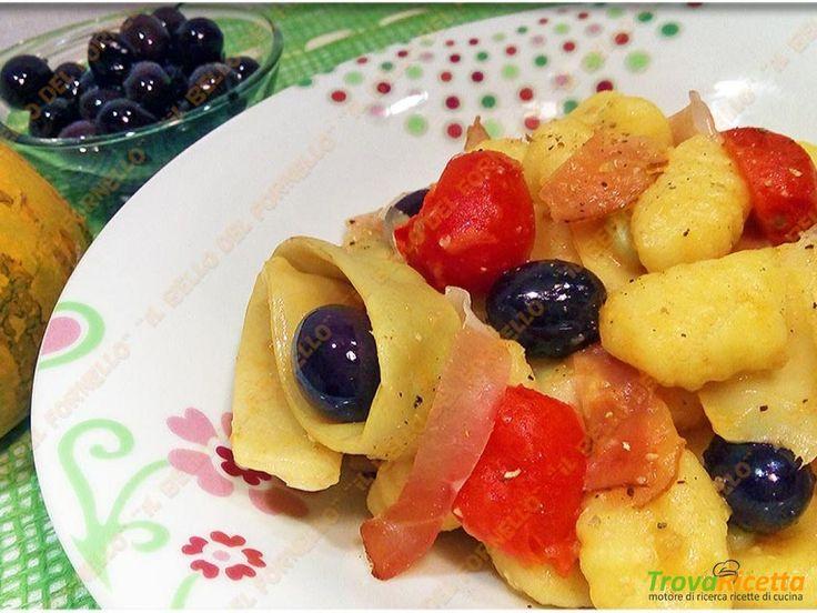 Gnocchi di patate con fagioli meraviglia olive e speck  #ricette #food #recipes