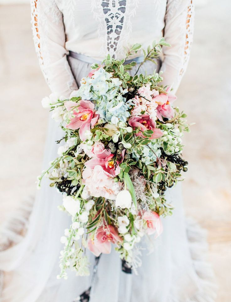Beautiful cascading wedding bouquet // perfect mix of the pantone colors!