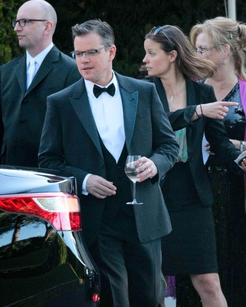 Matt Damon drinking Champagne Roger COULON at the ....