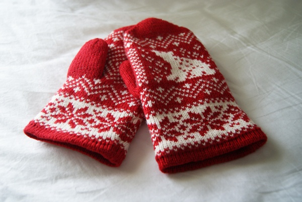cute Estonian mittens
