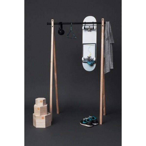 17 meilleures id es propos de portant bois sur pinterest porte cintre cintre en bois et. Black Bedroom Furniture Sets. Home Design Ideas