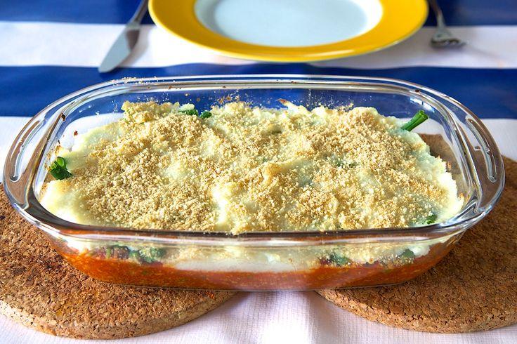 Recept: veganistische ovenschotel di Mama  met sperziebonen, tomatensaus en bloemkoolpuree!