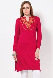Don't let the chilly weather affect your style quotient. Instead, go for this pink kurta from Aurelia that will not only keep you warm, but will also upgrade your ethnic look. Featuring yellow coloured embroidery on the front, this knee-length kurta will win your heart at the very first look. Made from acrylic, this regular-fit kurta will keep you at great ease all day.