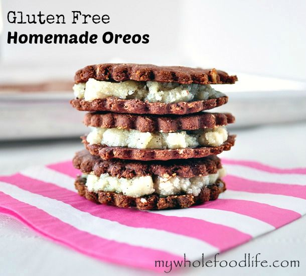 Homemade Gluten Free Oreos.  NO processed sugar, NO processed flour, simple ingredients and easy to make! #vegan #glutenfree #homemadeoreos #cookies #sweets