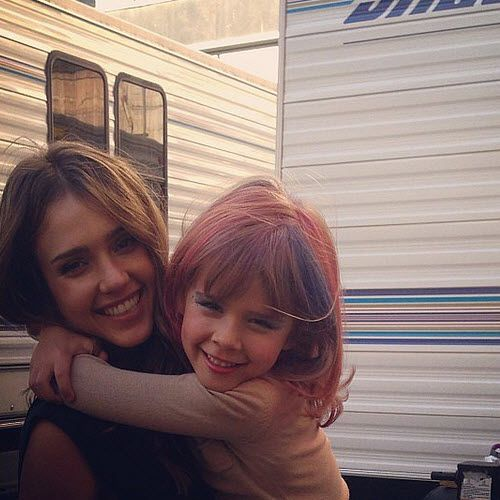 Jessica Alba and her daughter Honor playing with #hair and #makeup.