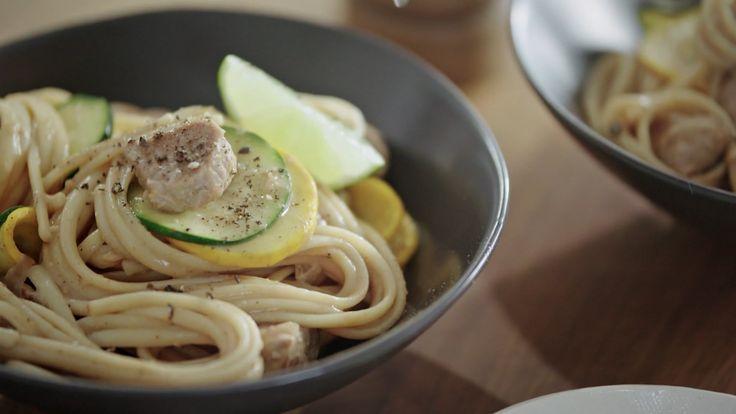 Minutes futées : Nouilles au porc et arachides à la thaïe