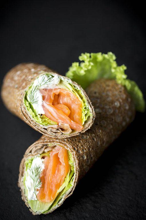 Wrap de blé noir saumon et crème de ciboulette