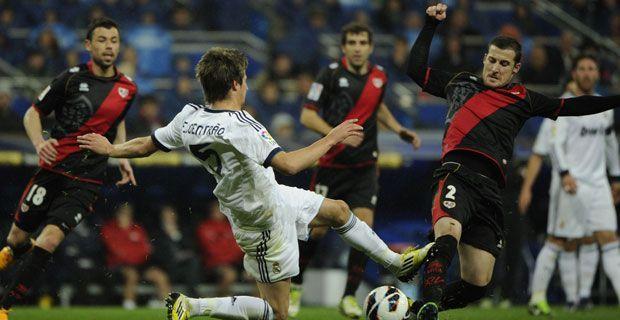 Dónde ver en directo el Rayo Vallecano - Real Madrid online de liga y ¿a qué hora juegan el partido de hoy?