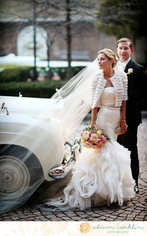 Love the pose and the bridal jacket | Alison Conklin Photography