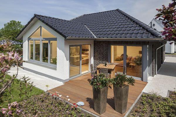 Musterhaus Fertighaus Riedel Von Baumeister Haus Kooperation E V Baumeister Haus Haus Bungalow Grundriss Bungalow