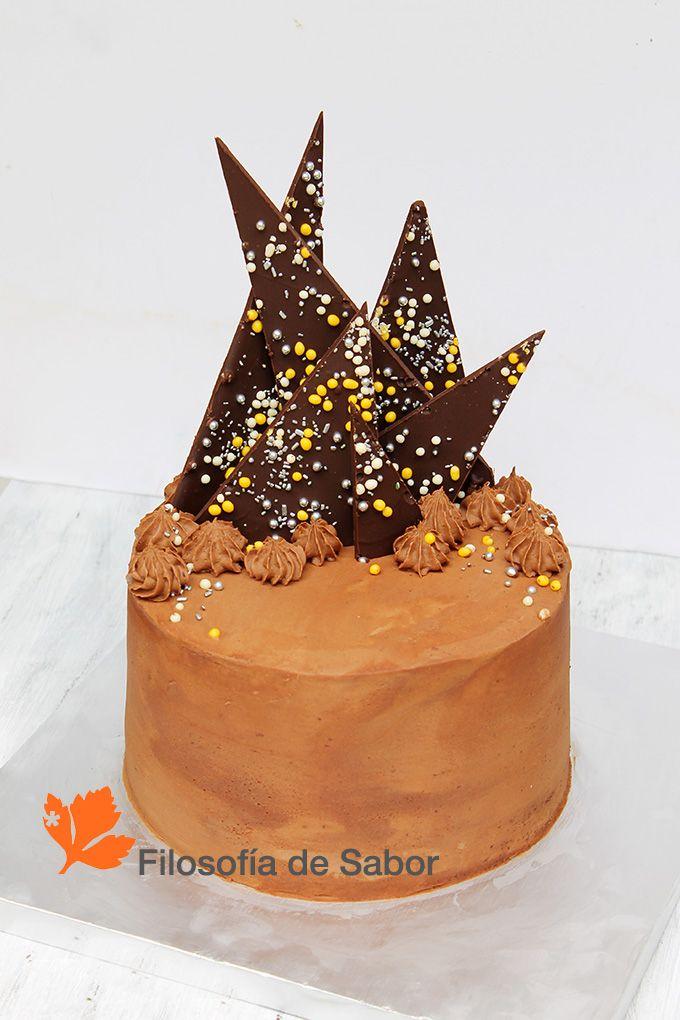 Torta Buttercream Chocolate   Personalizada relleno curd pasión y chocolate   Filosofia de Sabor