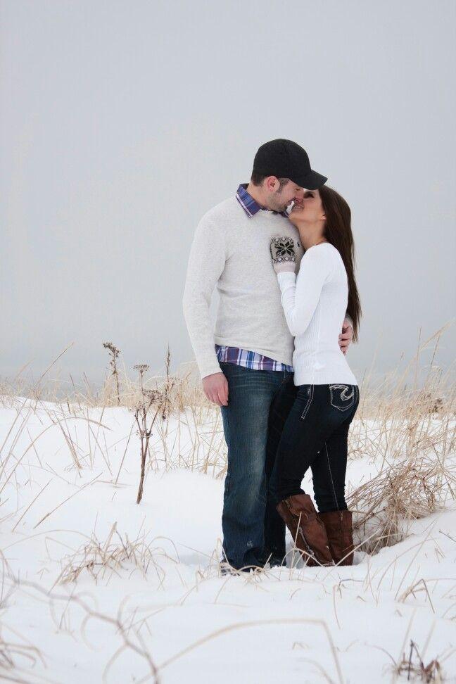 winter couple snow pose winter couples pinterest
