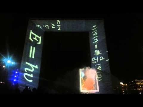 Spectacle pyrotechnique et en 3D à la Défense - 2013