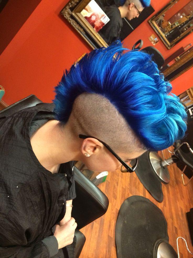 Blue Mohawk yay!