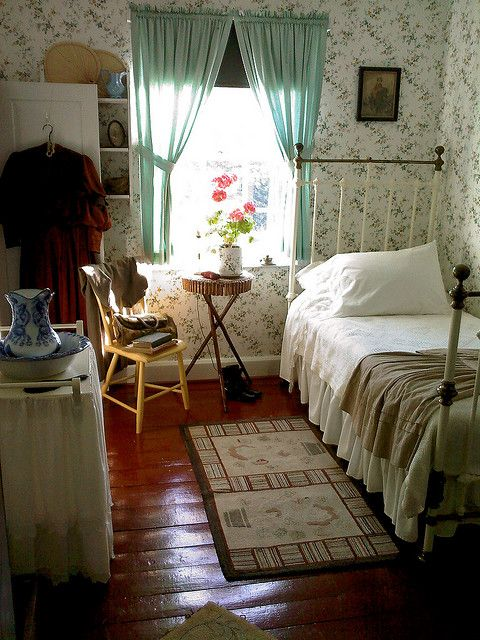 Anne of Green Gables bedroom.  It's real and soooo awesome! I want to go…