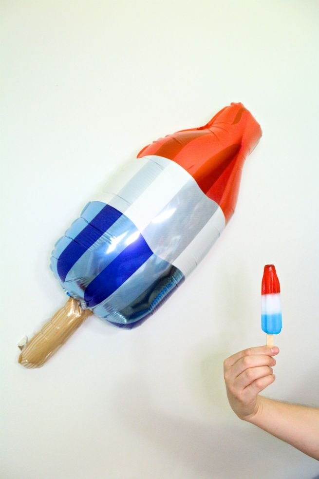 DIY Red, White, & Blue Giant Bomb Pop Piñata Cake & Giveaway! ⋆ Brite and Bubbly