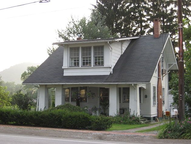 262 best images about bungalow homes on pinterest for Bungalow kit