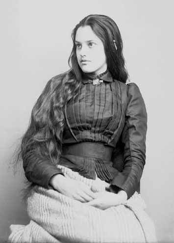 Portrait of Marcia Pascal, a young Cherokee woman, USA, 1880.  Source: Glass Negatives of Indians (Collected by the Bureau of American Ethnology)