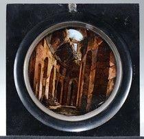 Piccolo dipinto circolare raffigurante il Colosseo