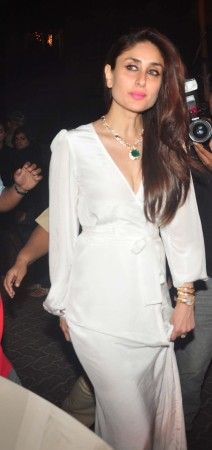 Kareena Kapoor Khan will show you how to pull off a plunging neckline with grace [PHOTOS]