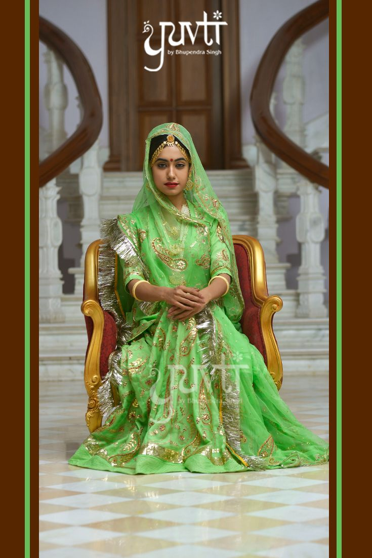 Indulge in royalty and embrace the classic green by Yuvti.#DesignerCollection #Royal #IndianAttire #Ethereal #Traditional #Ethnic #Exclusive #Yuvti