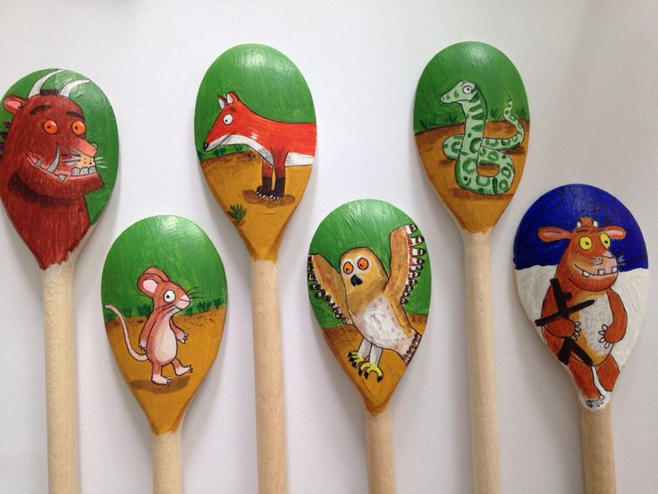 Gruffalo wooden spoon puppets ks1/EYFS. Made for my after school school book club to retell the story.