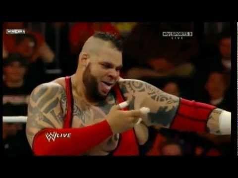 BRODUS CLAY RETURNS! - WWE RAW 1/9/12 - YouTube
