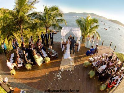 Casamento na praia: 3 dicas TOP para conseguir as melhores fotos!